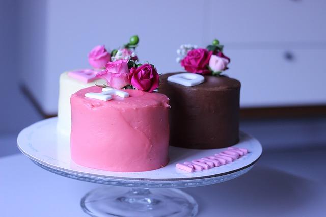 sweet-3406860_640